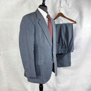 Hart Schaffner Marx pin striped wool suit